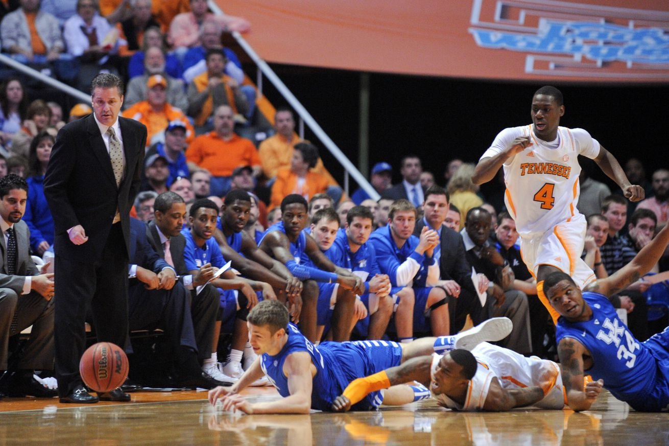 Uk Basketball: No. 25 Kentucky Vs. Tennessee Final Score: Vols Thrash