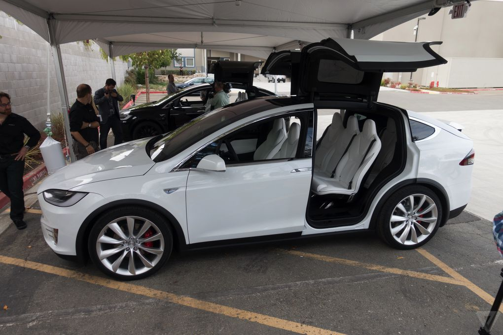 Tesla s model x is finally here and i got to drive it for How much are car motors
