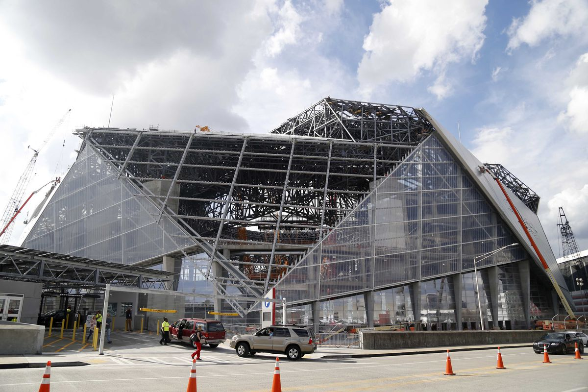 New atlanta falcons stadium s roof has some issues for Mercedes benz stadium roof