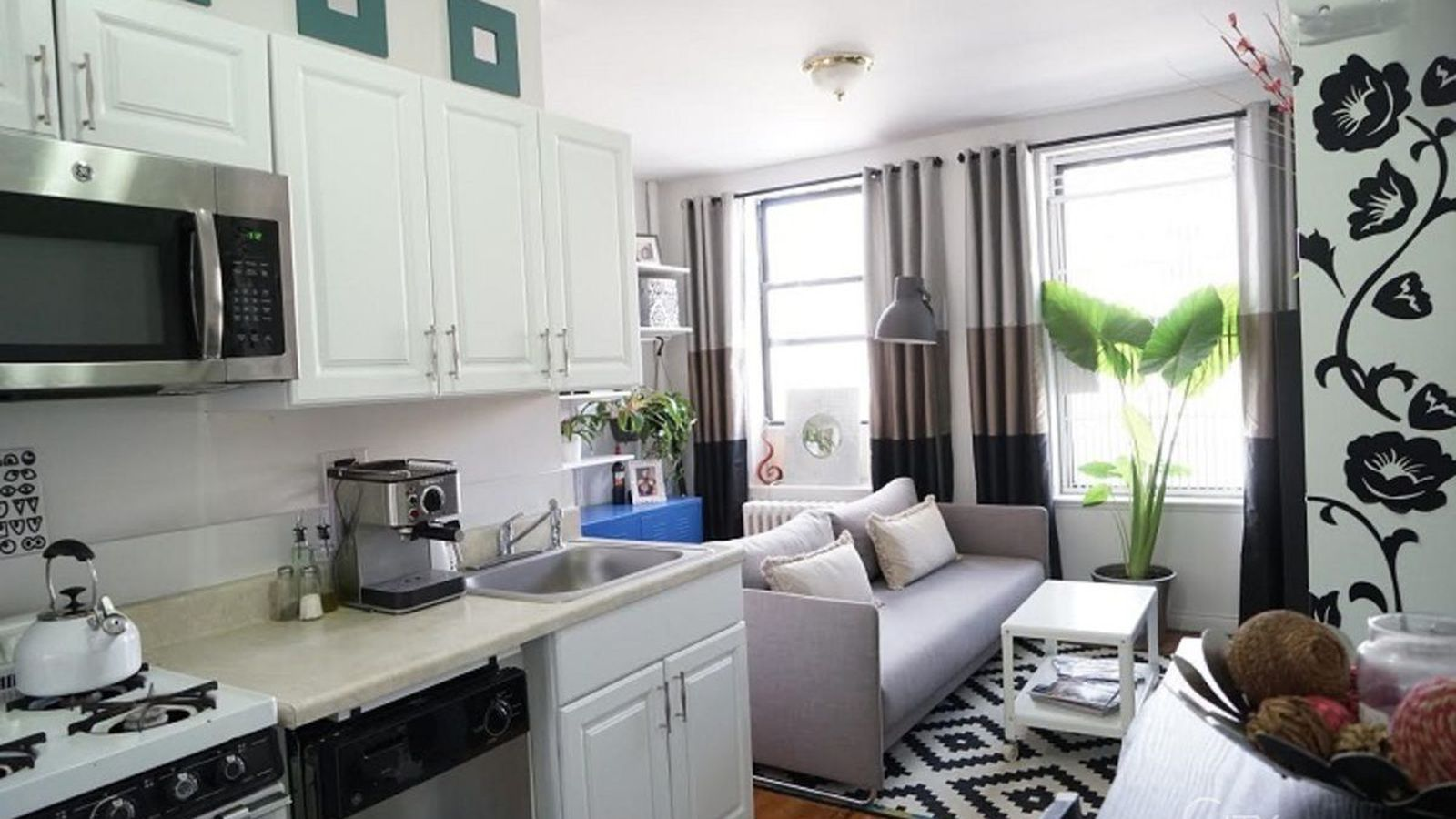 Cute East Village One Bedroom Is A Steal At 2 150 Month Curbed Ny