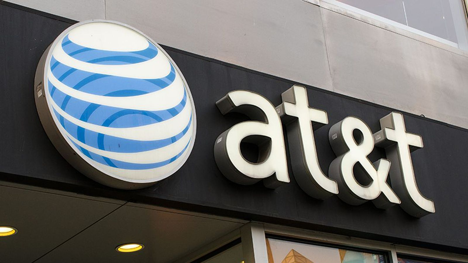 Net Neutrality Menu >> AT&T will start throttling mobile video streams starting next year - The Verge