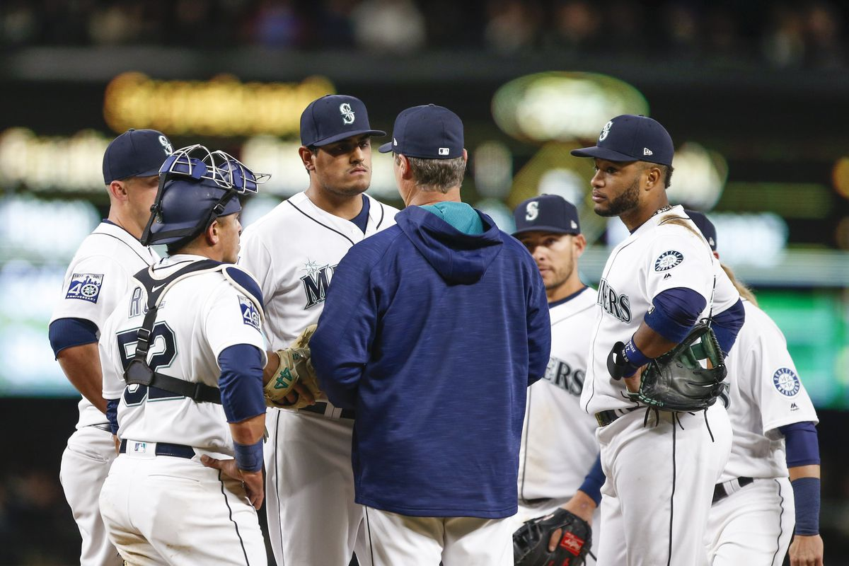Paxton dominates in Mariners home opener