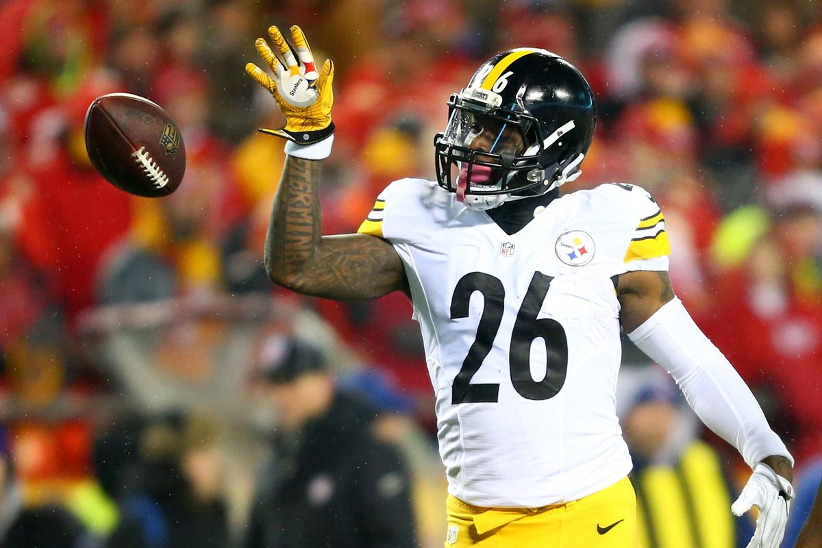 Steelers place franchise tag on running back Le'Veon Bell
