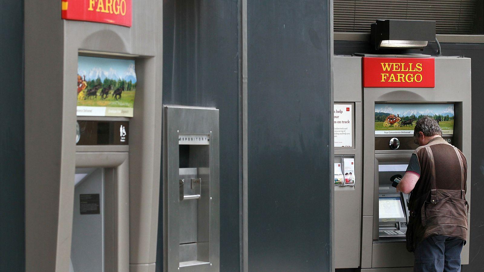 Wells Fargo will Now Let Customers Withdraw Money Using their Smartphones