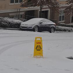 A good Samaritan put out a sign in Buckhead to warn of treacherous conditions.