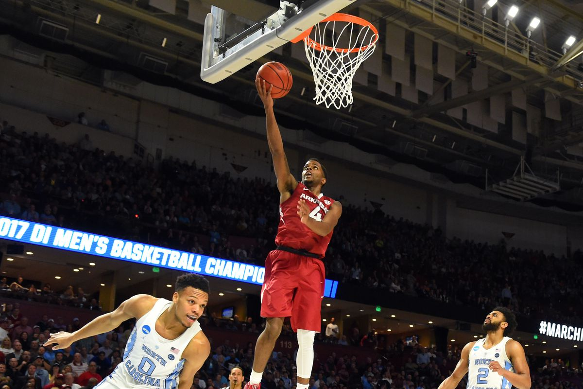 Arkansas' Barford, Macon to enter NBA draft without agents
