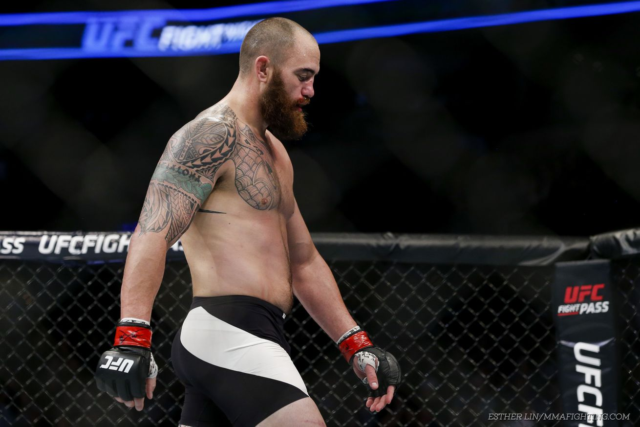 Emotional Travis Browne breaks down while talking about domestic abuse allegations