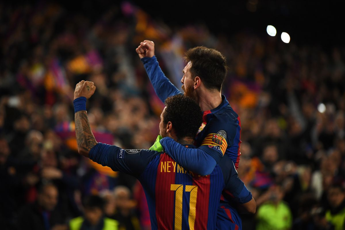 Lionel Messi brace helps Barcelona defeat 10-man Valencia