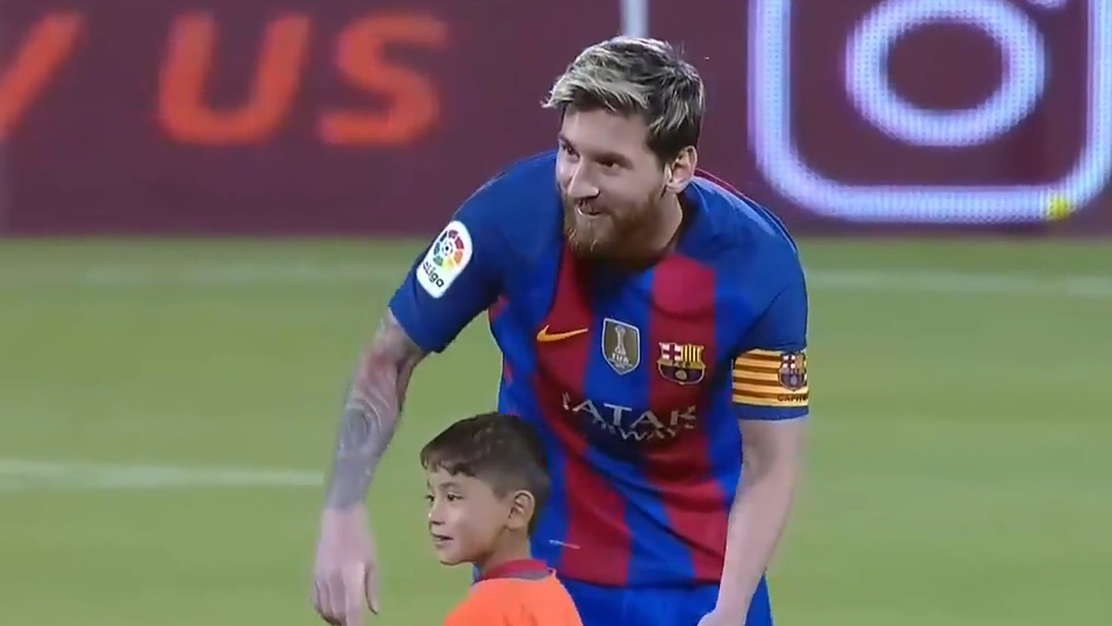 This 6 Year Old Afghan Fan Met Lionel Messi And Refused To