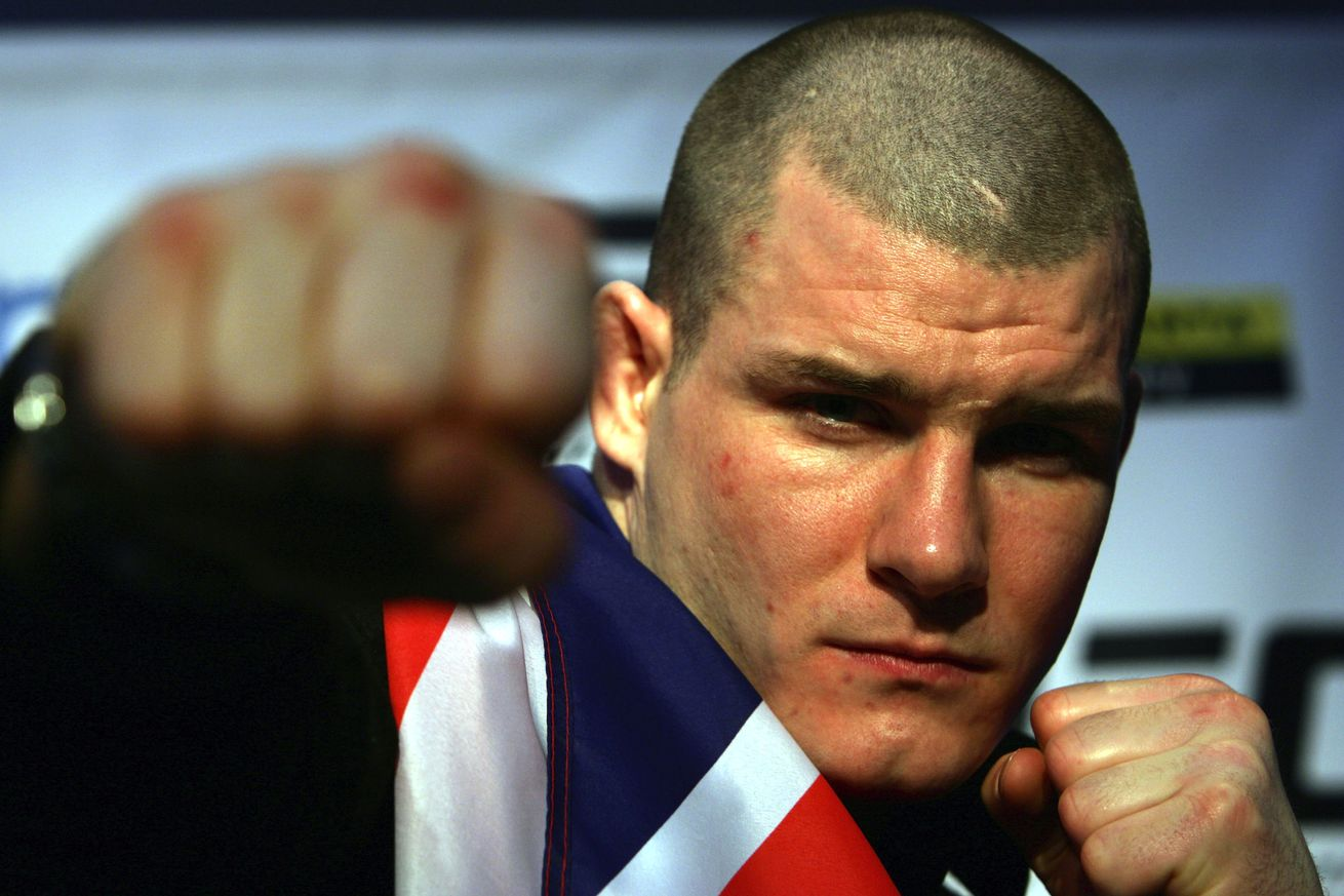 Stephen Thompson uses Michael Bisping to shut down Tyron Woodley's argument on race