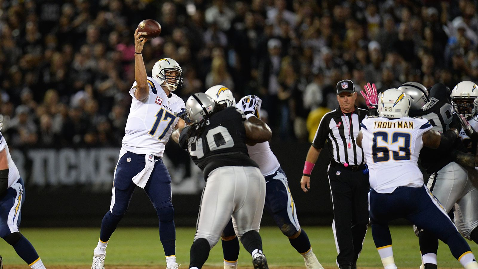 Raiders Vs Chargers Game Day Guide Game Time Tv Schedule