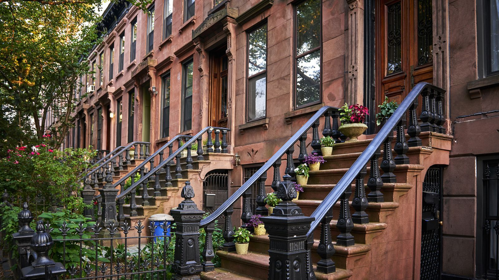 Brooklyn s brownstone market is booming curbed ny for Townhouses for sale in manhattan ny