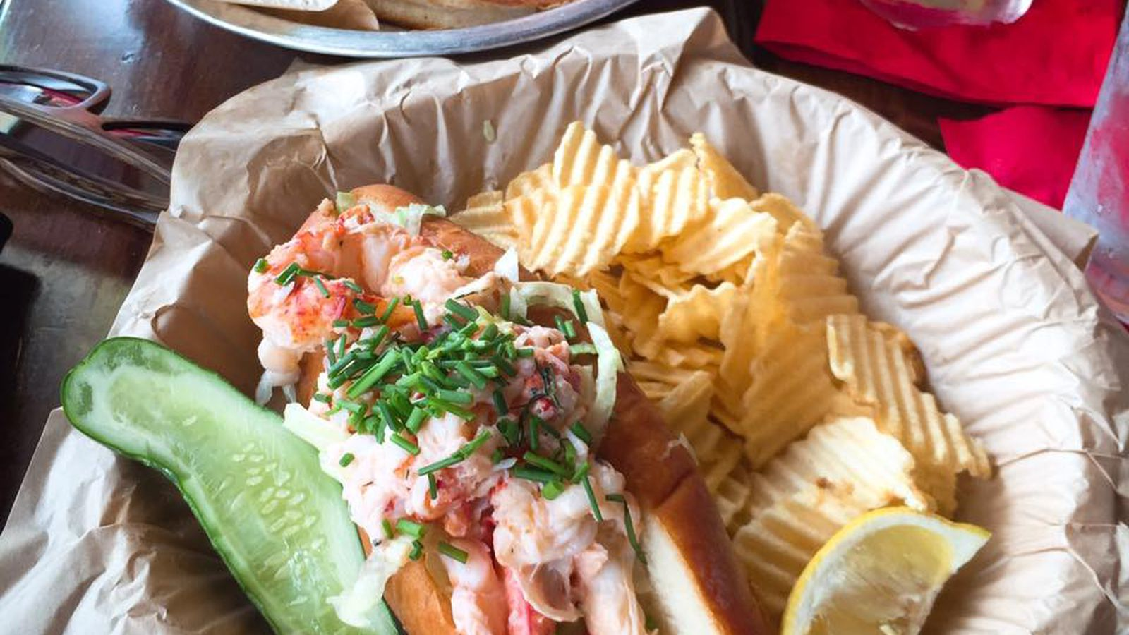Mudgie's Reaches Peak Lobster Roll Mania, Introduces 'Shifts' - Eater Detroit