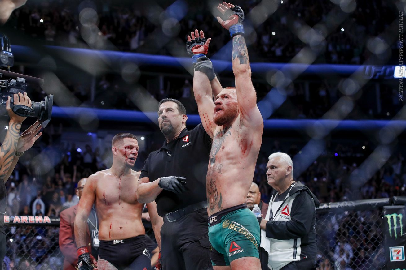 UFC 202 video: Dublin bar erupts after Conor McGregor is announced as winner over Nate Diaz