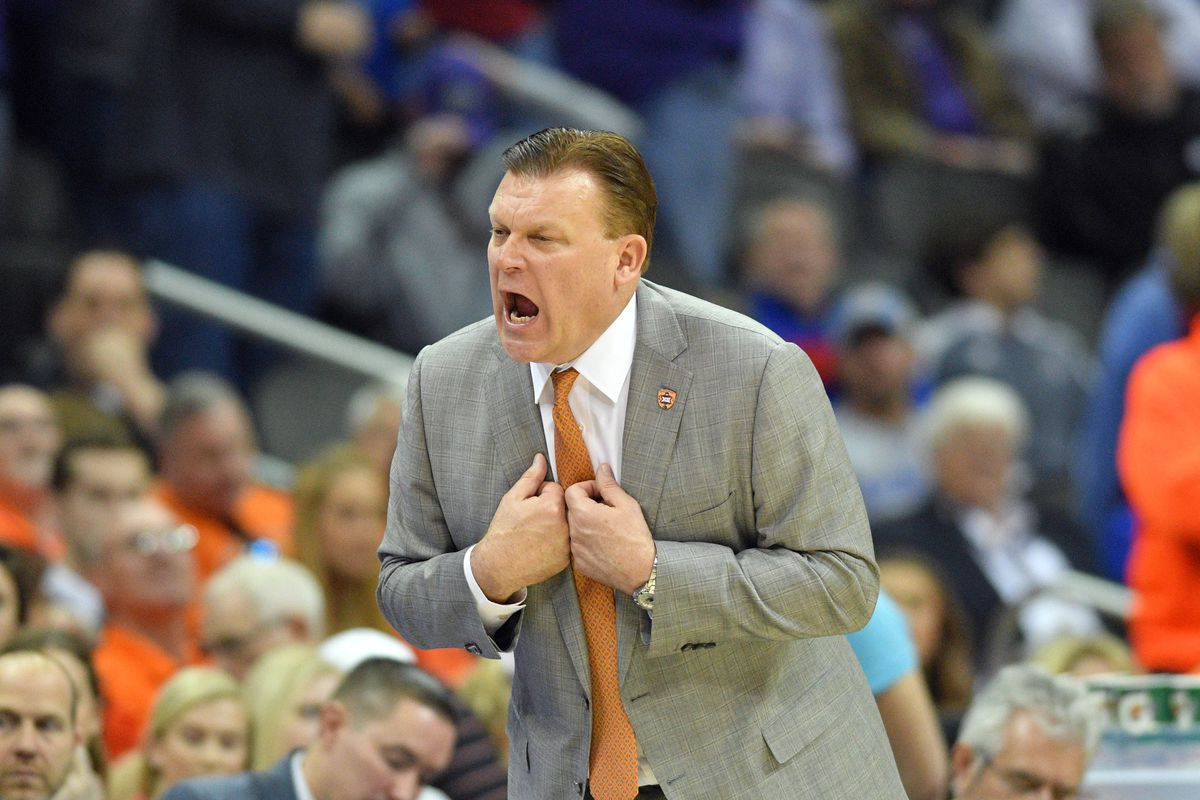 Brad Underwood leaving Oklahoma State to become IL head coach