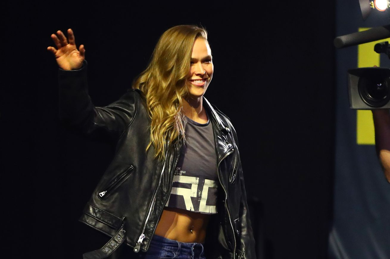 community news, Ronda Rousey plans to get 'pepper sprayed alongside everyone else' at Standing Rock