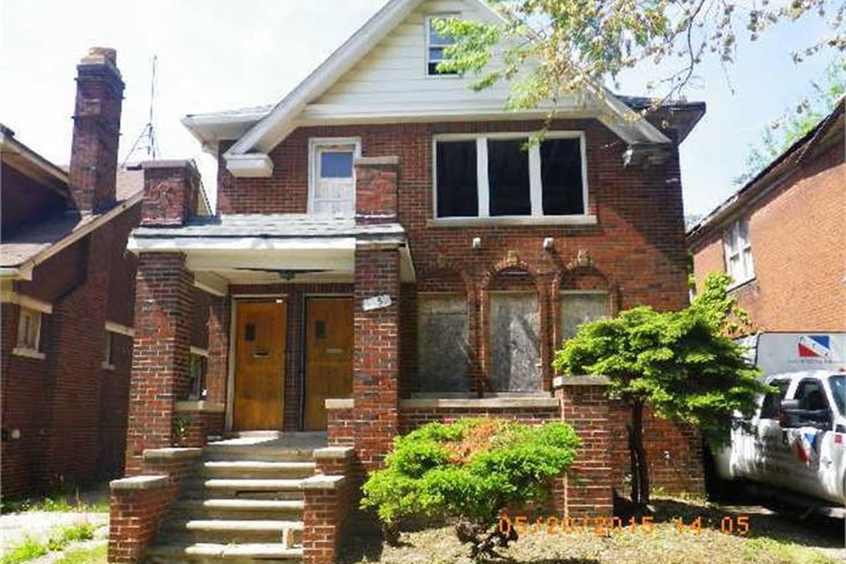 Detroit land bank to auction russell woods homes tomorrow for Tomorrow s home