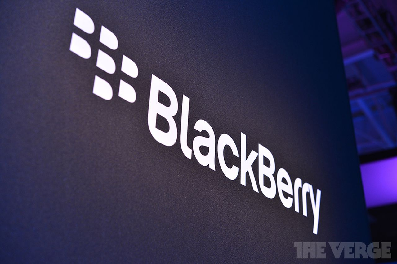 Blackberry to Continue Pakistan Operations After Gov't Backs Down