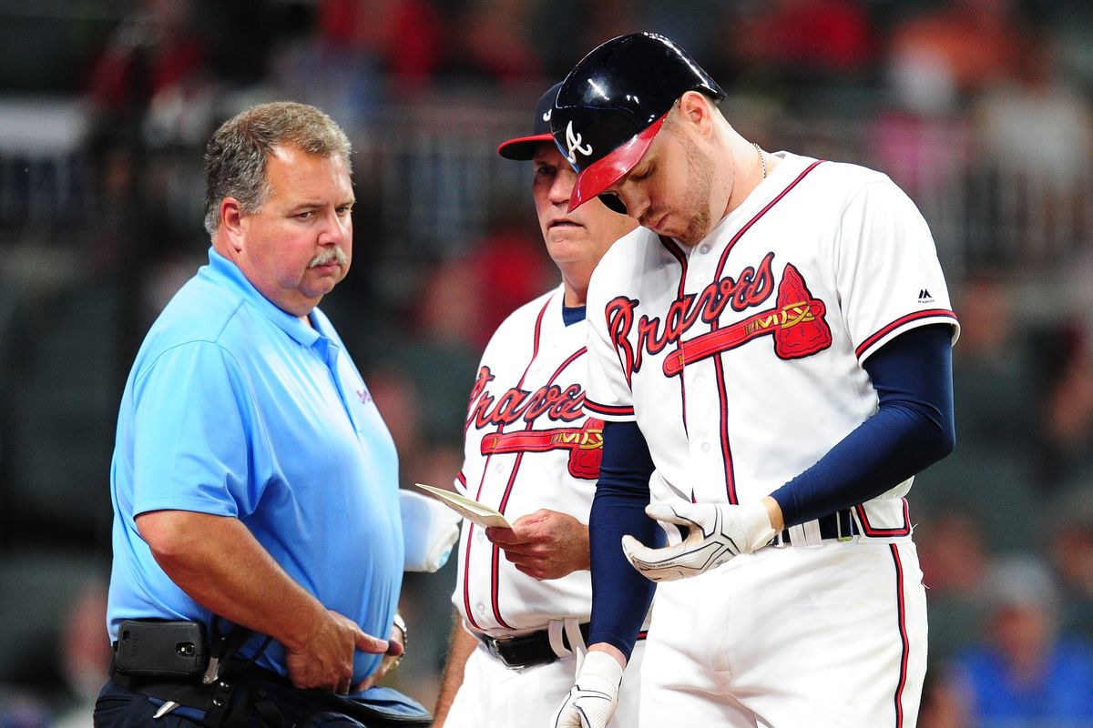 Braves awaits Freeman's test tests; pitch struck his wrist