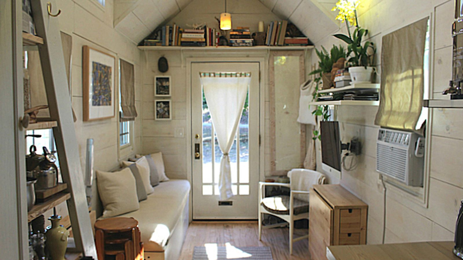Impressive Tiny House Built For Under 30k Fits Family Of