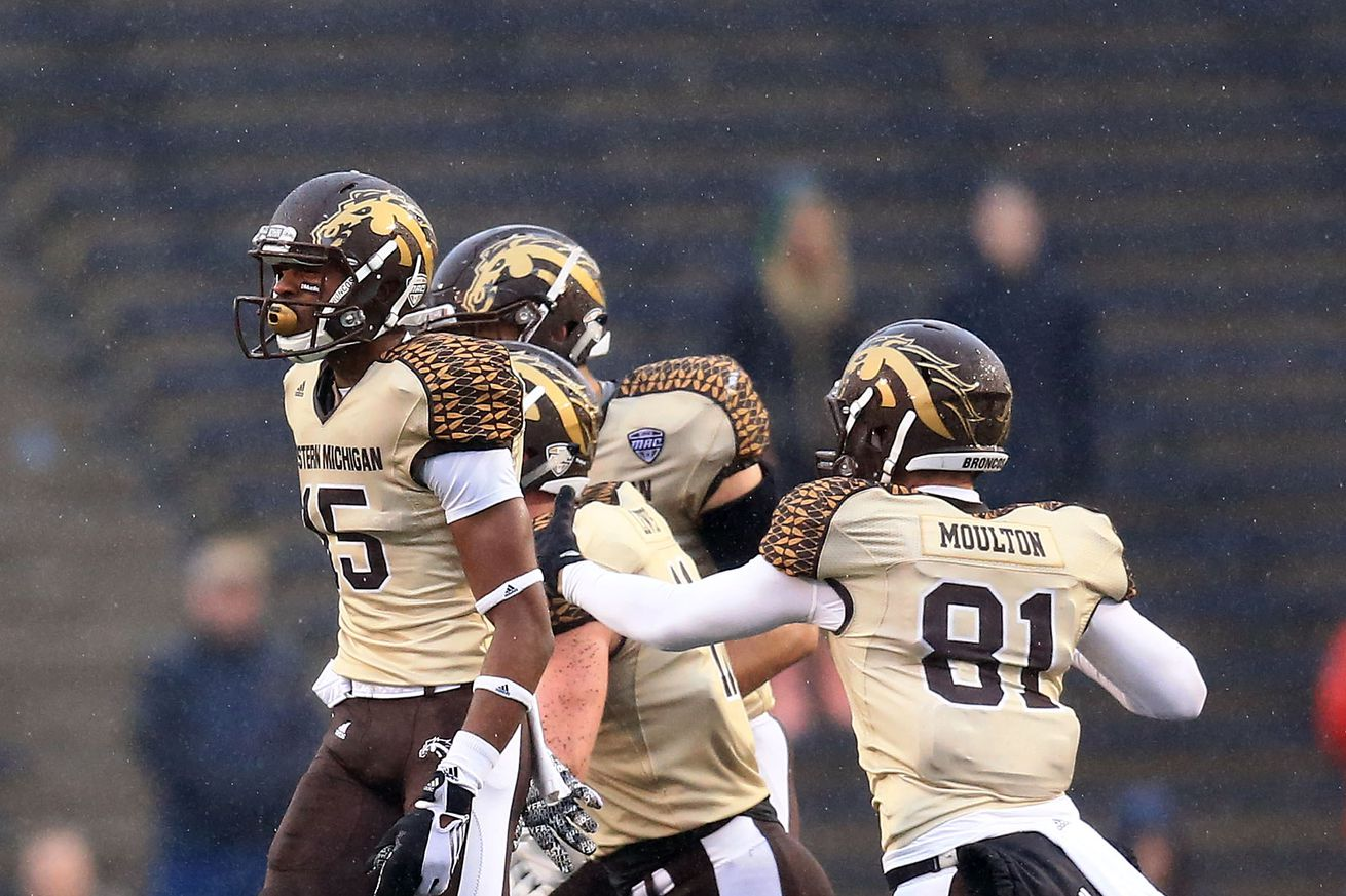 Western Michigan stuns Northwestern