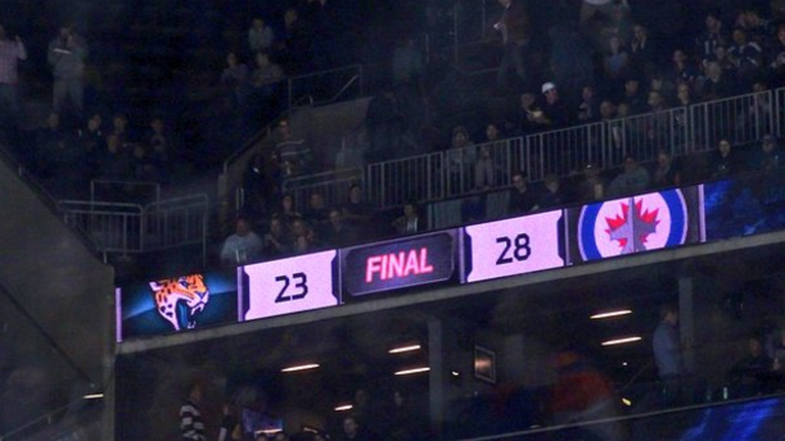 Barclays Center Scoreboard Uses Wrong Jets Logo For Nfl