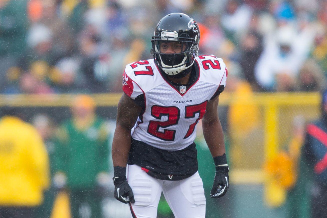 Cheap NFL Jerseys Sale - Robert McClain: Falcons Cornerback By Day, Artist By Night - The ...