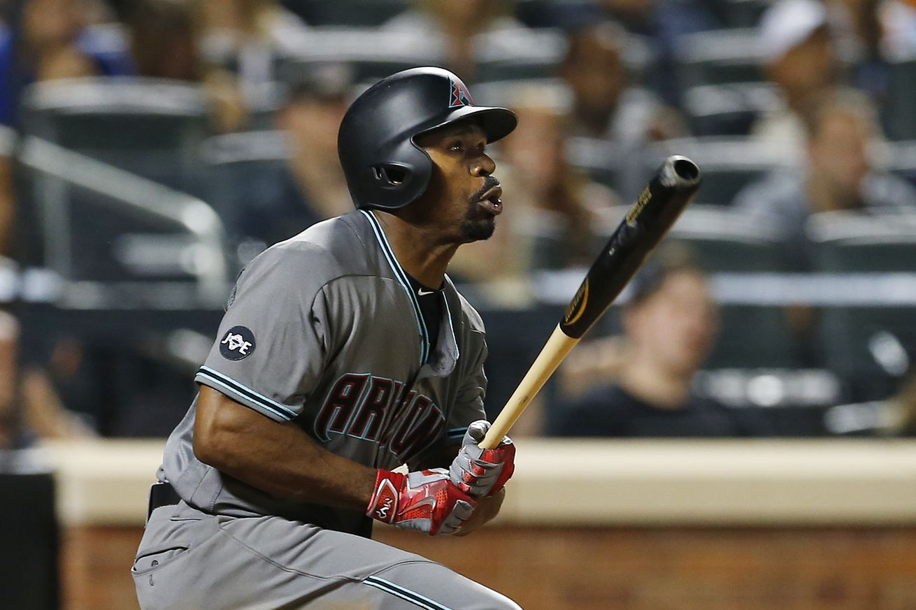 Orioles acquire Bourn from D'backs for minor leaguer