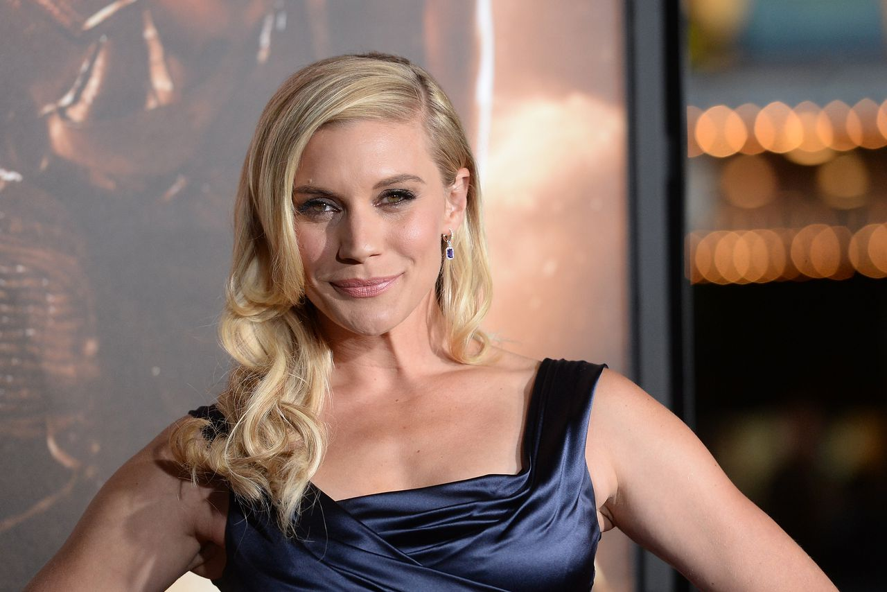 Katee Sackhoff earned a  million dollar salary, leaving the net worth at 4 million in 2017