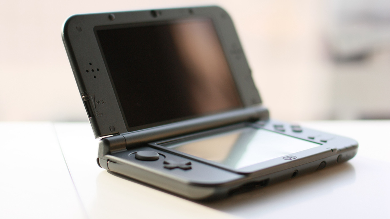 nintendo offers bounties on 3ds vulnerabilities polygon. Black Bedroom Furniture Sets. Home Design Ideas