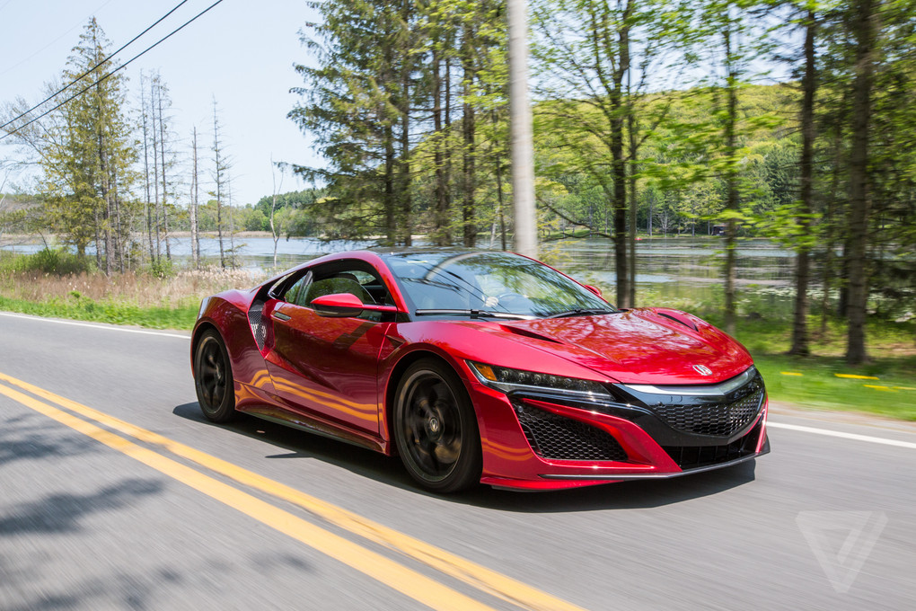 2017 acura nsx review a gentler supercar the verge. Black Bedroom Furniture Sets. Home Design Ideas