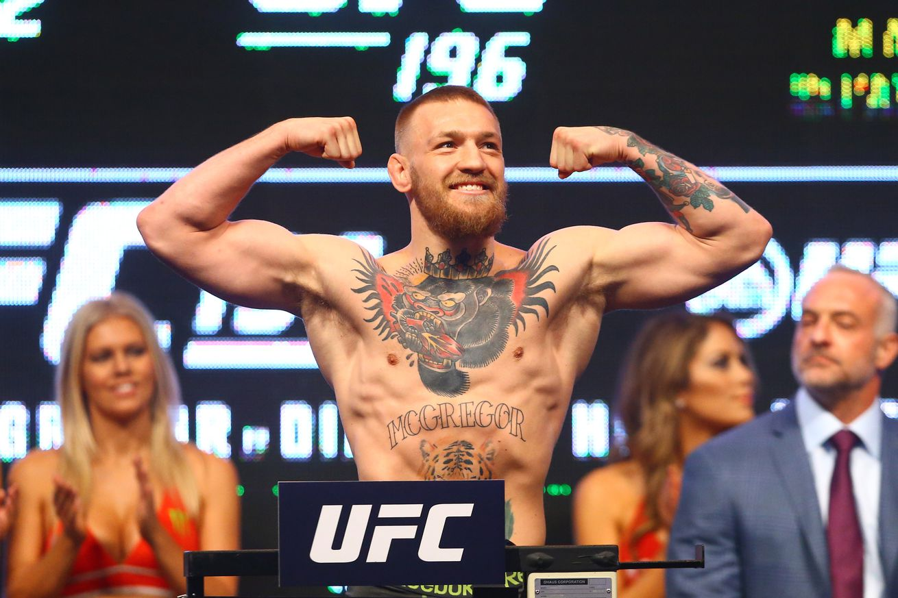 community news, Dana White: There are no guarantees Floyd Mayweather beats 'bigger, stronger' Conor McGregor