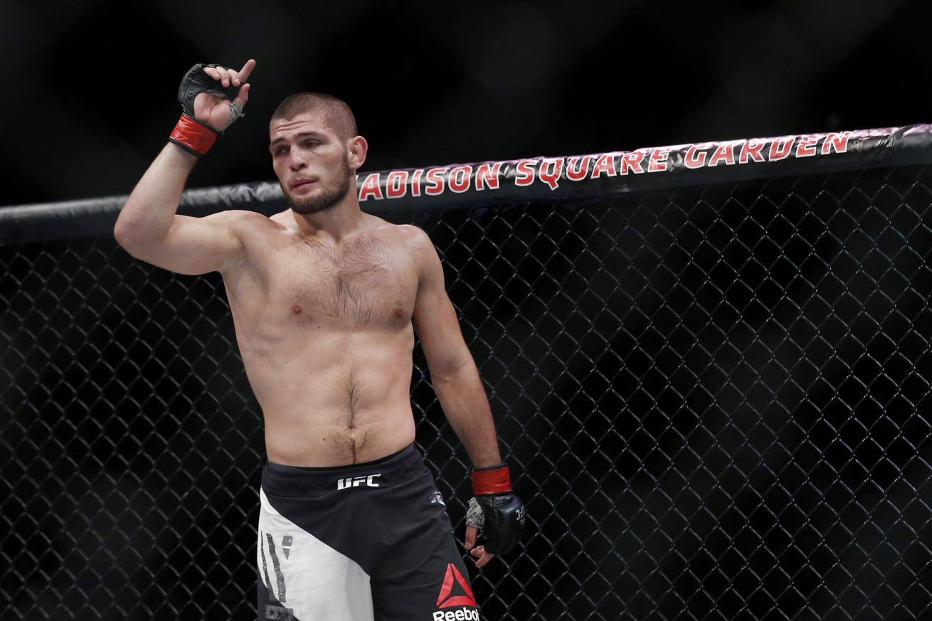 UFC 209: Khabib Nurmagomedov's father wants 'Eagle' to retire in two years