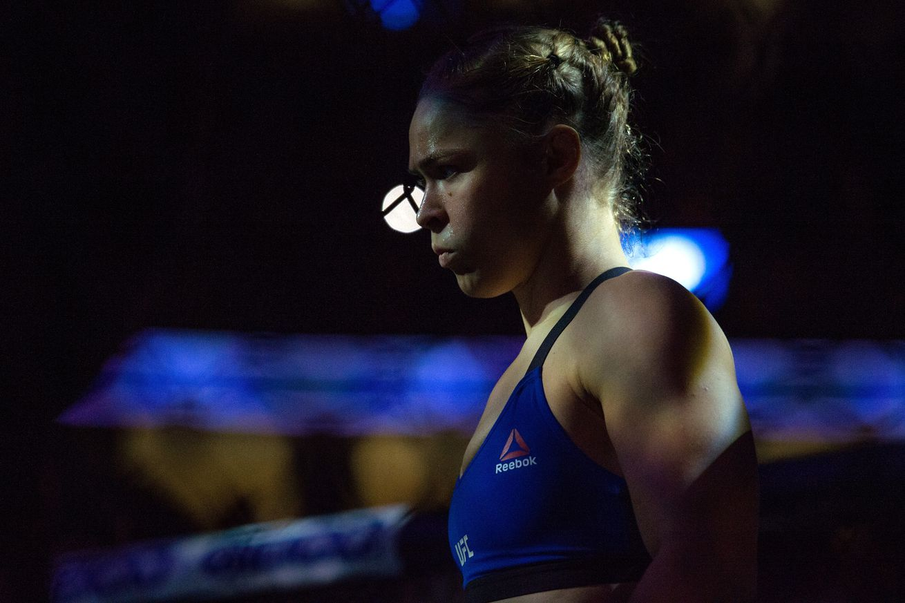Midnight Mania! 'Rousey' Vines, controversial UFC signing and ... moat fights!