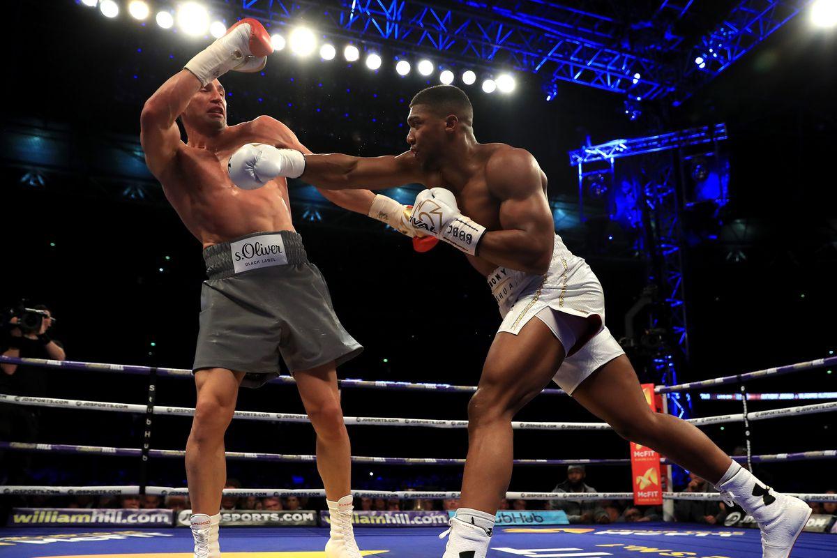 British heavyweight boxing star Joshua knocks out Klitschko