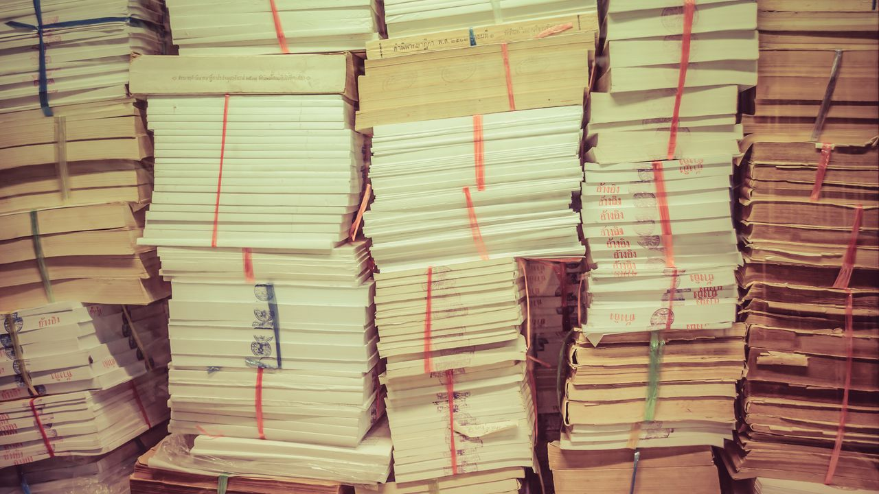 research papers are worthless Form pf and hedge funds: risk-measurement  mark d flood  office of financial research  papers in the ofr working paper series are works in progress.