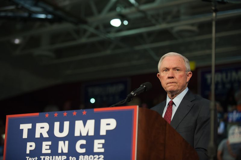 Jeff Sessions campaigns for Donald Trump.