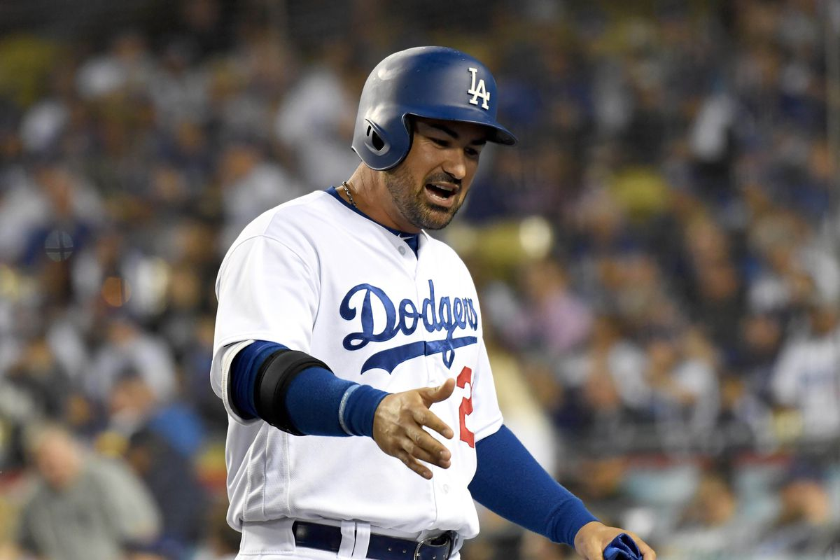 Dodgers' Adrian Gonzalez returns from disabled list