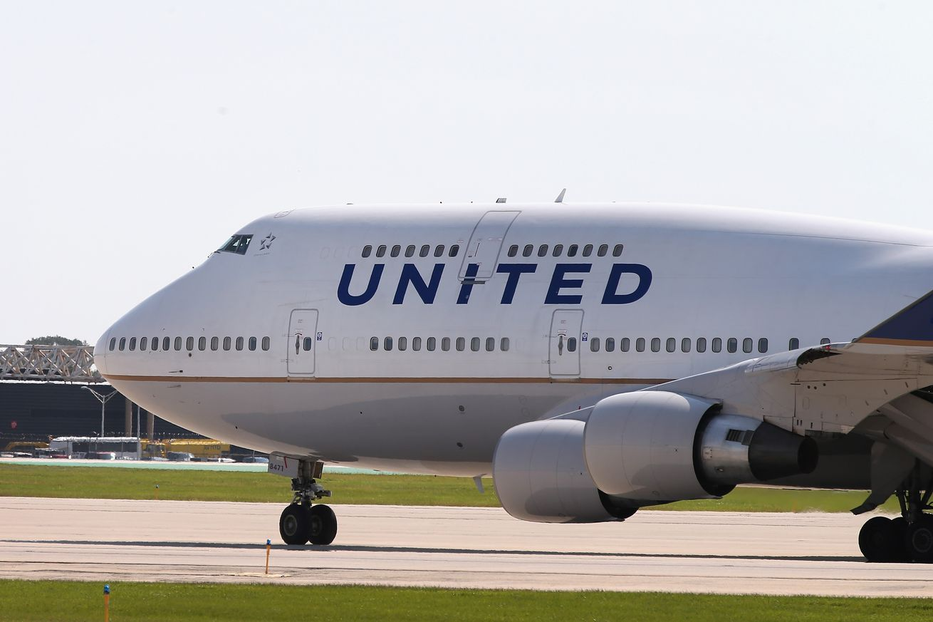 United flight attendant reportedly posted cockpit access codes online