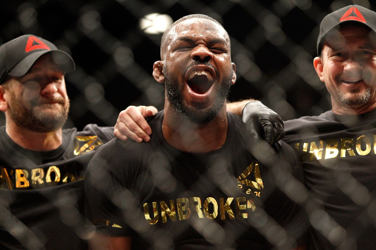 UFC 197 results: Rusty Jon Jones shuts down Ovince St. Preux, wins interim Light Heavyweight title