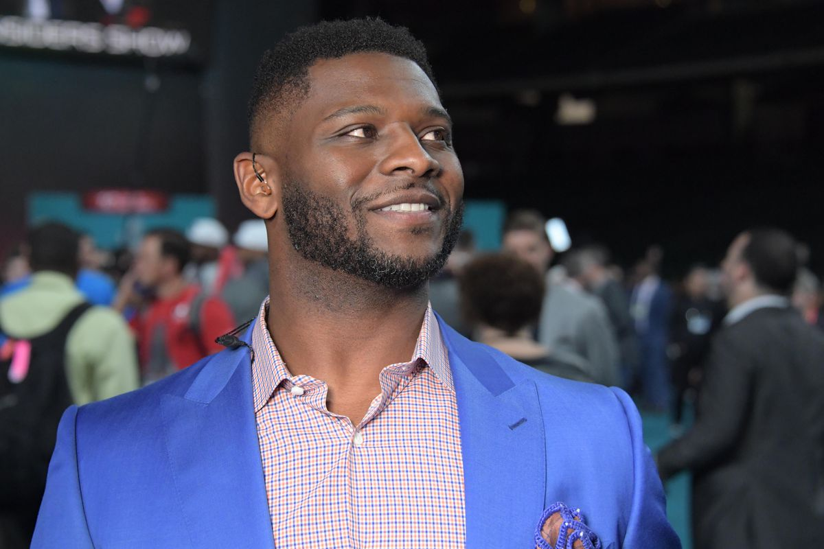 LaDainian Tomlinson rejoins Chargers as special assistant