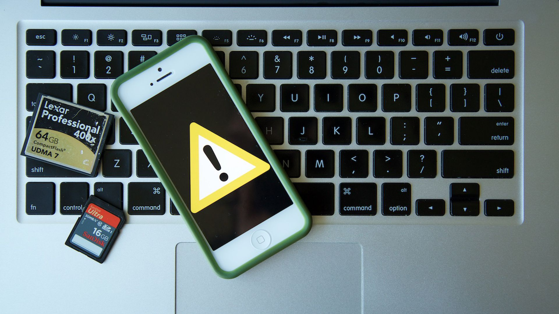 How to Recover Deleted Photos From Your Memory Card or Smartphone - Vox