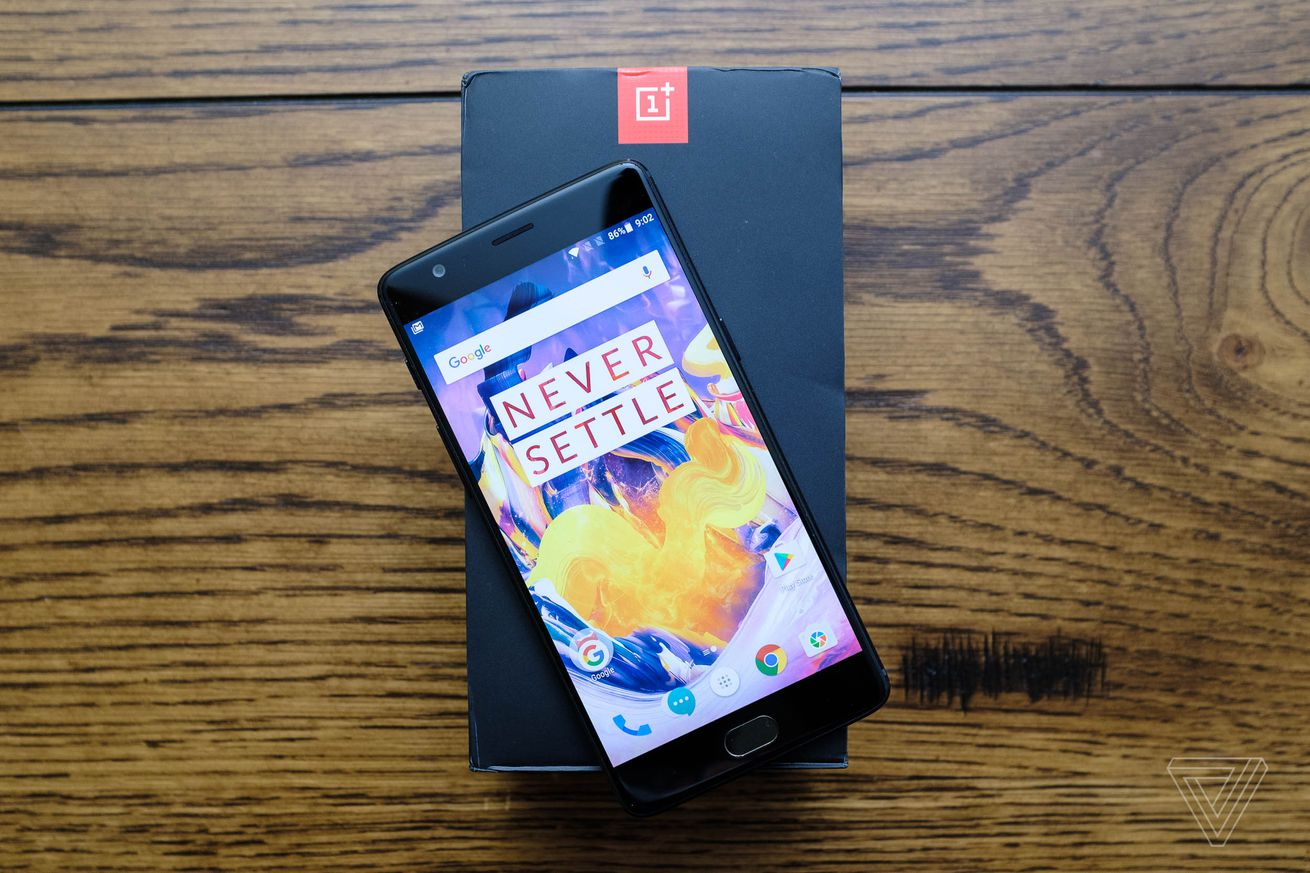 the black oneplus 3t is a very nice black phone