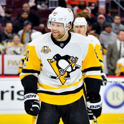 Phil Kessel smiles after being chirped at by Michael Del Zotto