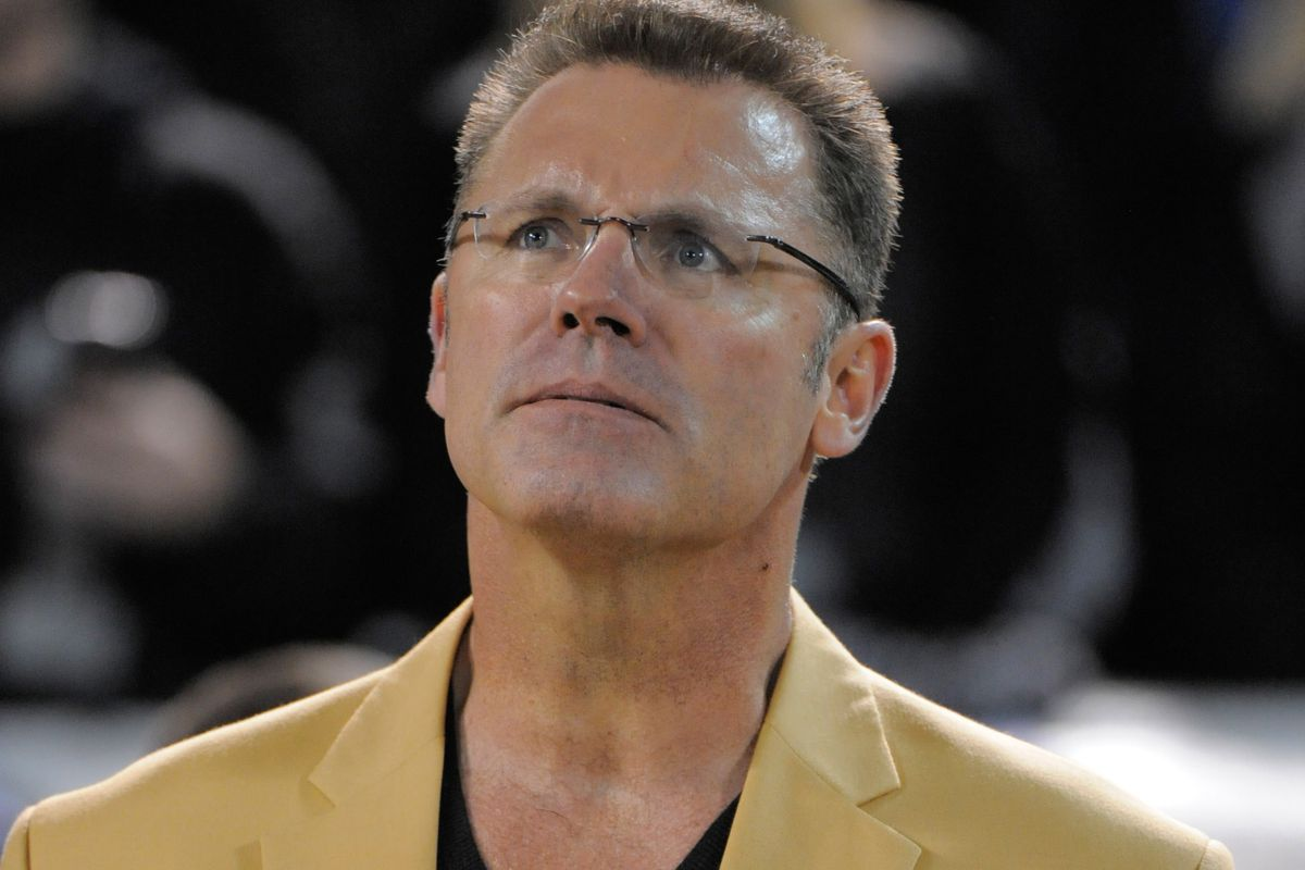 Howie Long Gets The Day Off Turf Show Times