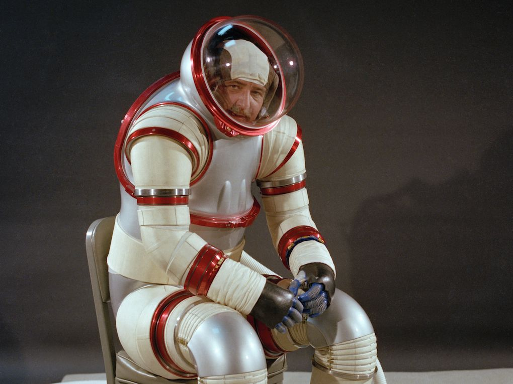 space suits for the moon - photo #35