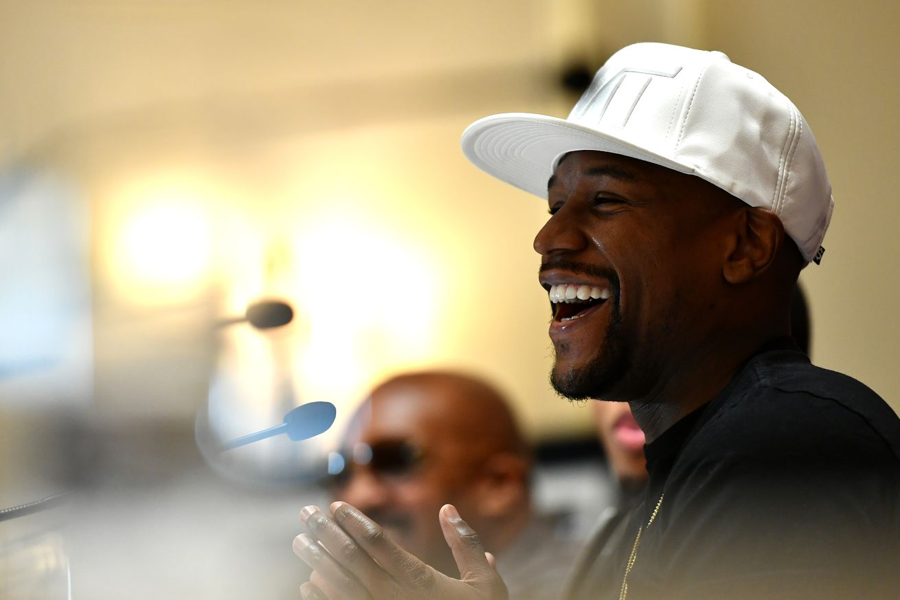 Floyd Mayweather: 'I'm officially out of retirement for Conor McGregor'