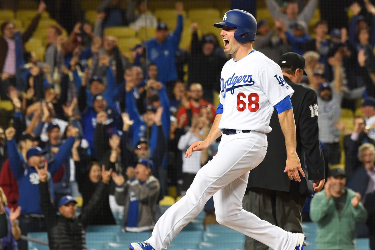 Taylor hits grand slam in 1st, Dodgers pound Pirates 12-1