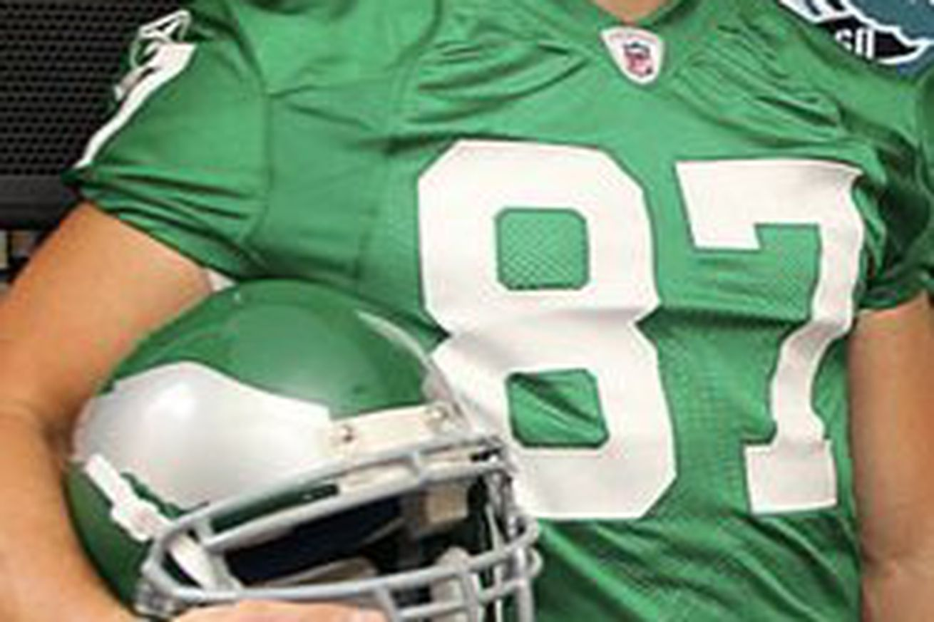NFL Jerseys Official - Philadelphia Eagles considering switch to Kelly Green uniforms ...