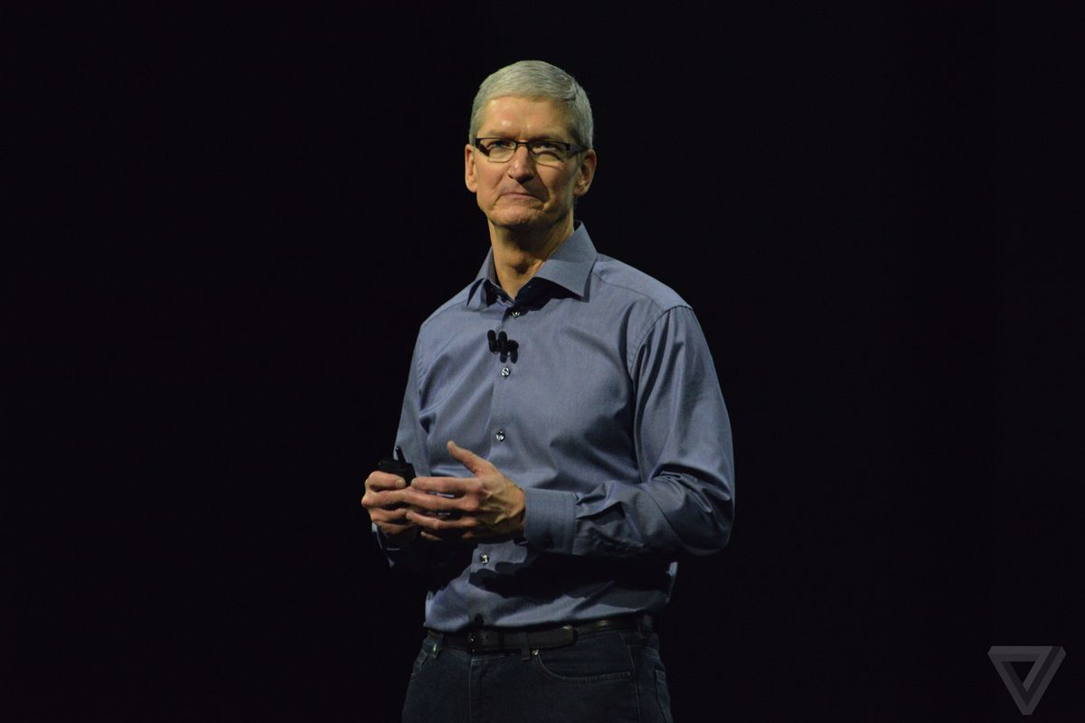 apple leaders remember an unselfish steve jobs after criticizing yet another movie coming out that casts a critical eye to steve jobs buzzfeed reports that apple s leaders have taken time to set the record straight
